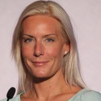 Anna Bager Headshot